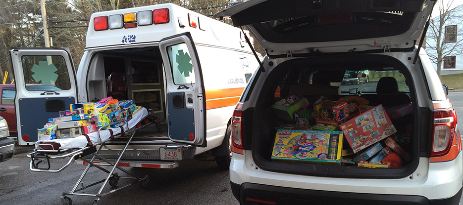 Alert-Ambulance-Toys-For-Tots